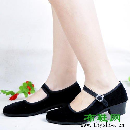 高一代黑色工作鞋